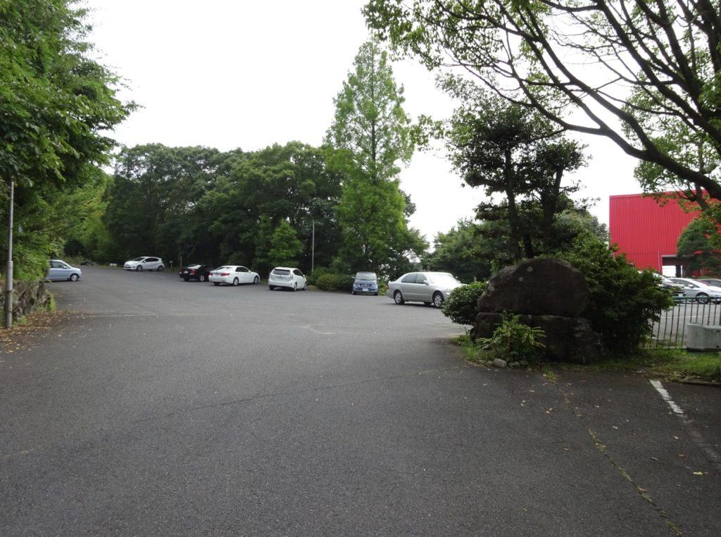 星和高原ゴルフセンター駐車場(右折)